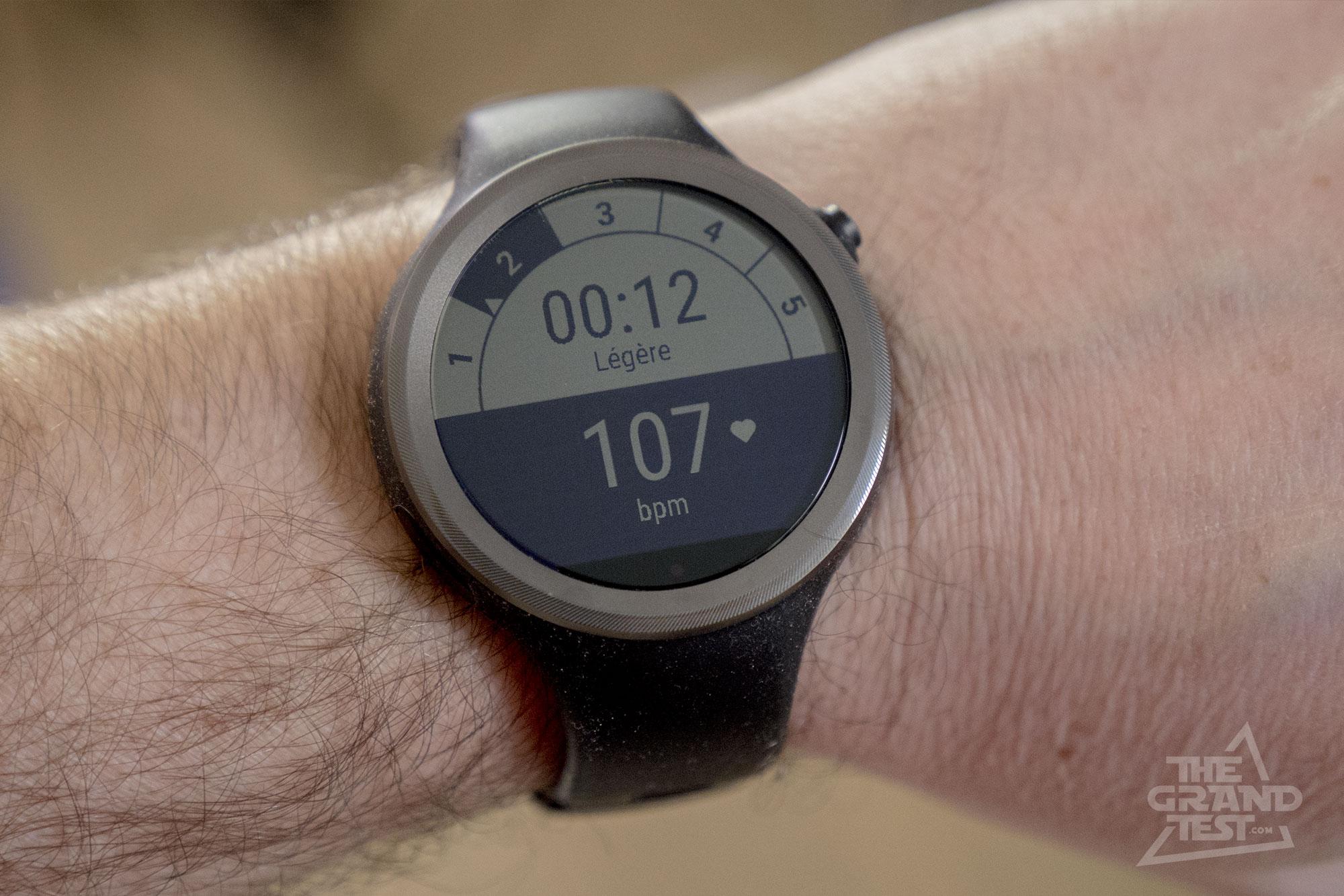 Moto 360 Sport : smartwatch Android Wear pour le sport